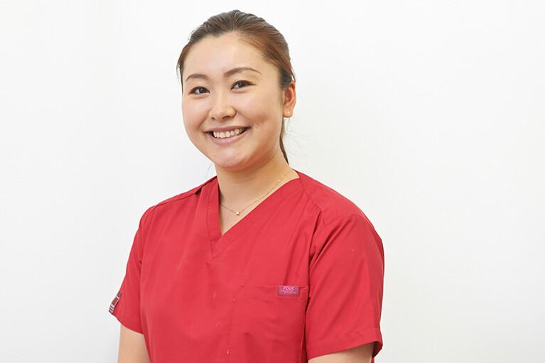 歯科医師中村幸香